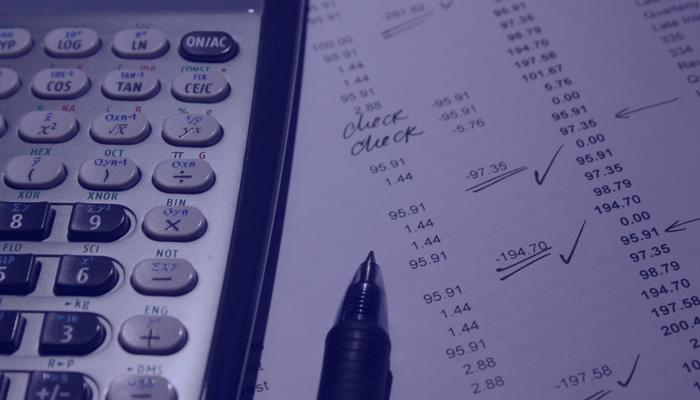 La venta de productos no relacionados con seguros obliga a los mediadores a darse de alta en el IAE y declarar el IVA