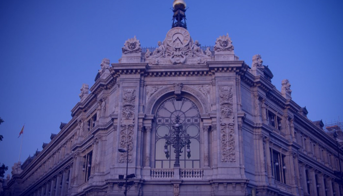 Los mediadores se reúnen con el Banco de España para tratar las malas prácticas en la venta de seguros